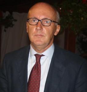 Dr. Enzo Cravero
