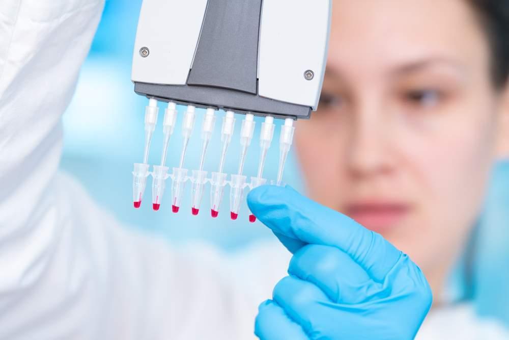 Test genetico per valutazione rischio tumori mammella e ovaie