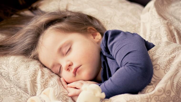 PEDIATRIA – SOMMINISTRAZIONE DI MELATONINA NELLA PRIMA INFANZIA